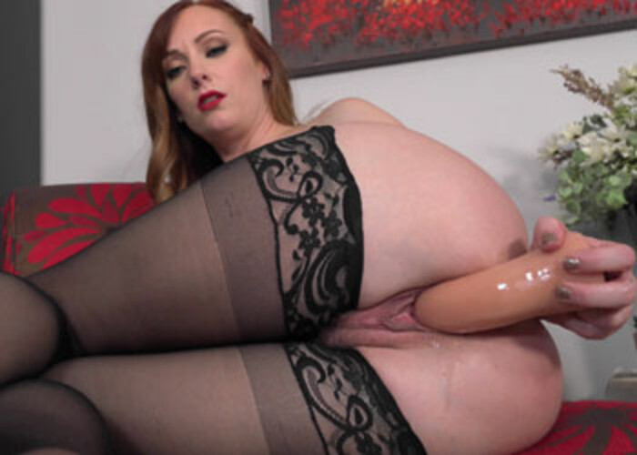 Dani Jensen masturbates for her accountant